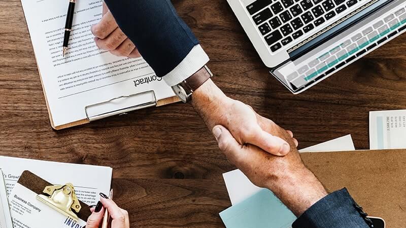 Kontakt zwischen Auftraggebern und Bietern